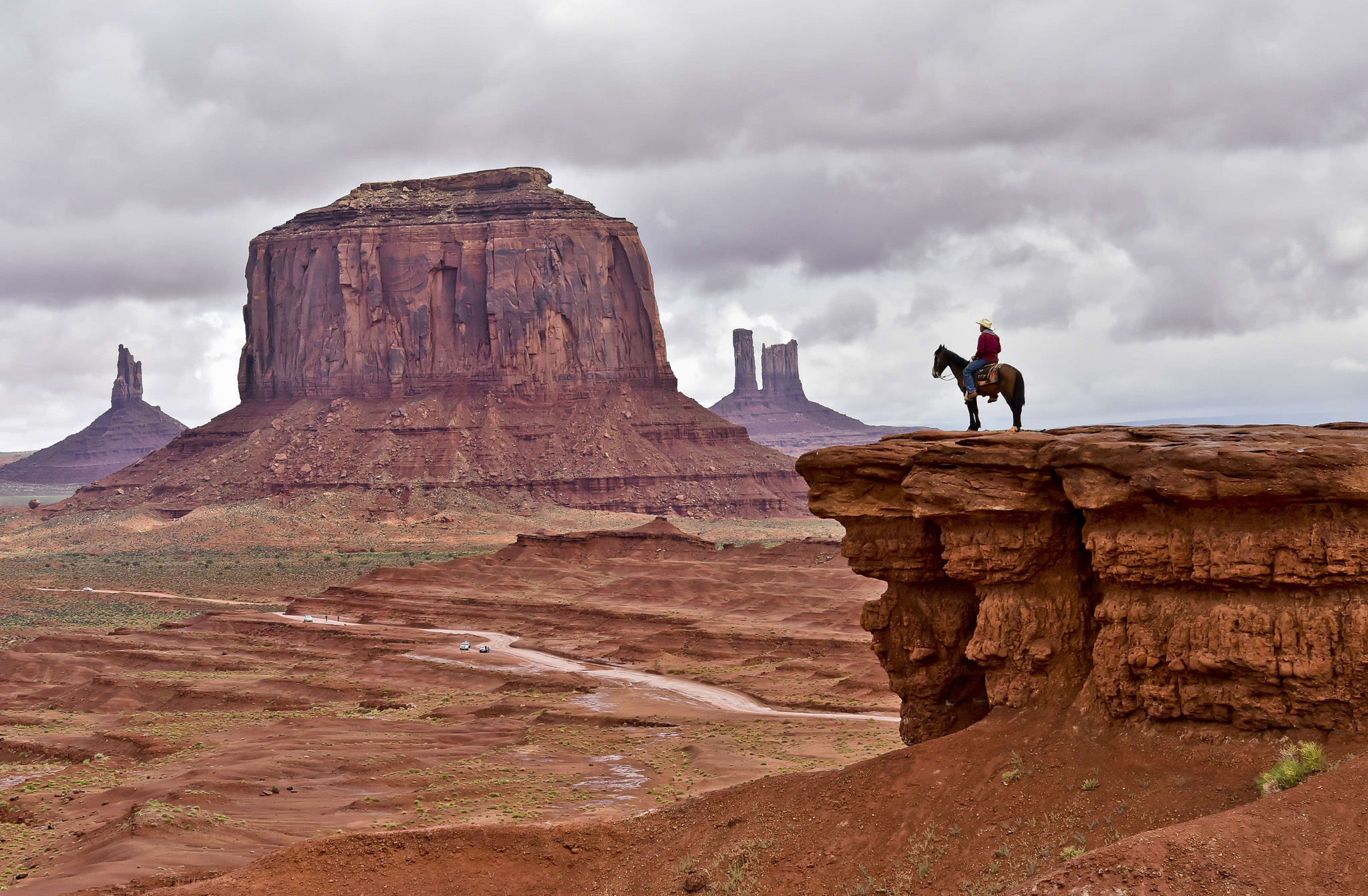 buddhist single men in monument valley Monument valley forest gump wisdom  there is no doubt that the heart sutra is the most frequently used and recited text in the entire mahayana buddhist tradition, which still flourishes in.
